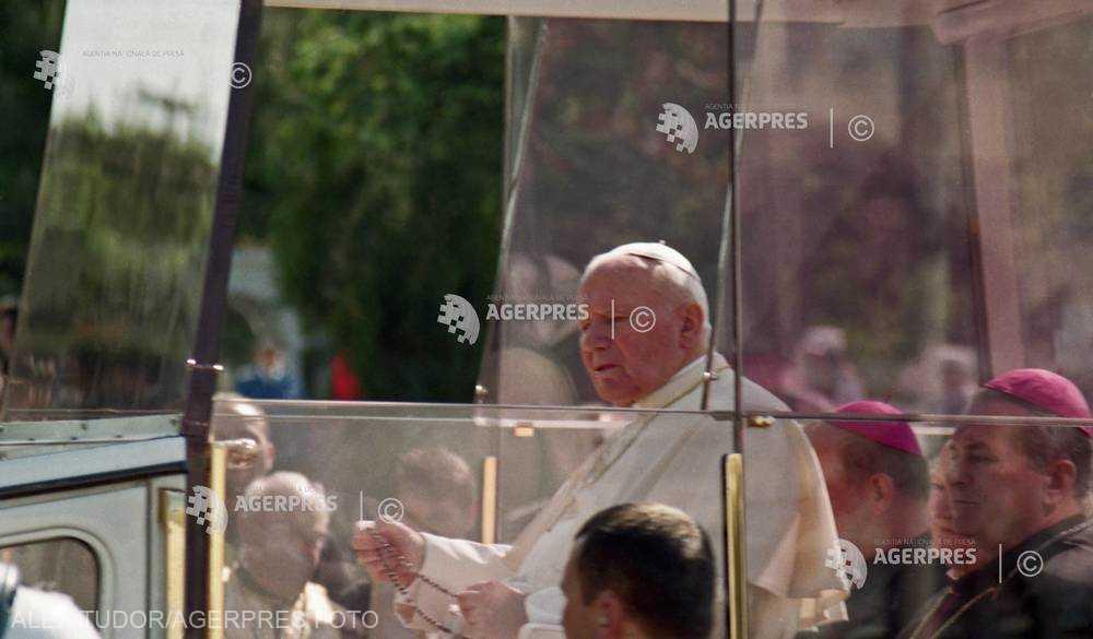 20 de ani de la vizita în România a papei Ioan Paul al II-lea: A doua zi - 8 mai 1999