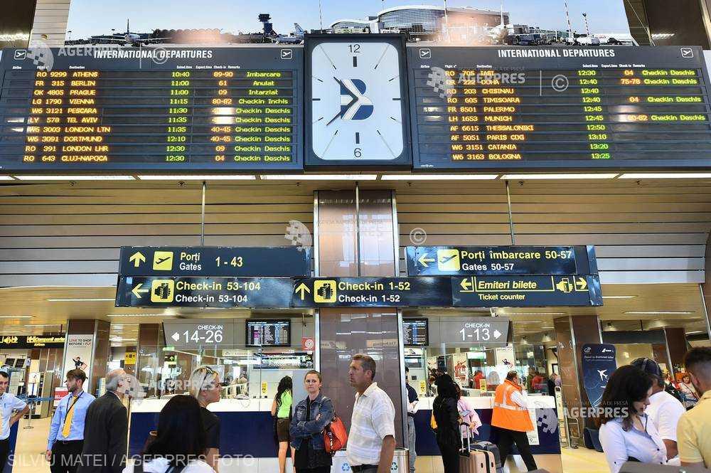 Peste 10 milioane de pasageri au avut, în 2018, zboruri întârziate, anulate şi supra-rezervate