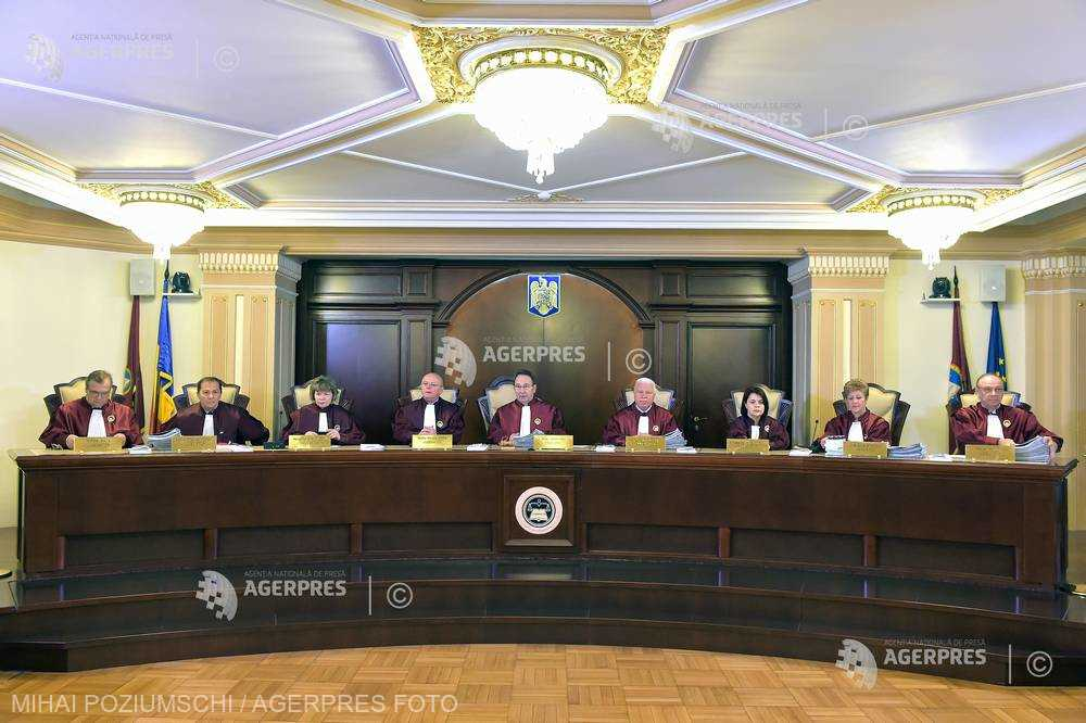 CCR: Modalităţile juridice de interpretare a unei norme trebuie să aibă în vedere nu numai litera ci şi spiritul legii (motivare)