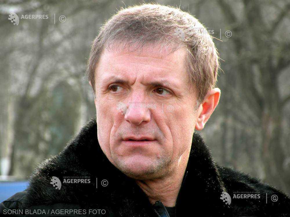 Gheorghe Popescu, eliberat, la cerere, din funcţia de consilier de stat în aparatul de lucru al premierului şi numit consilier onorific