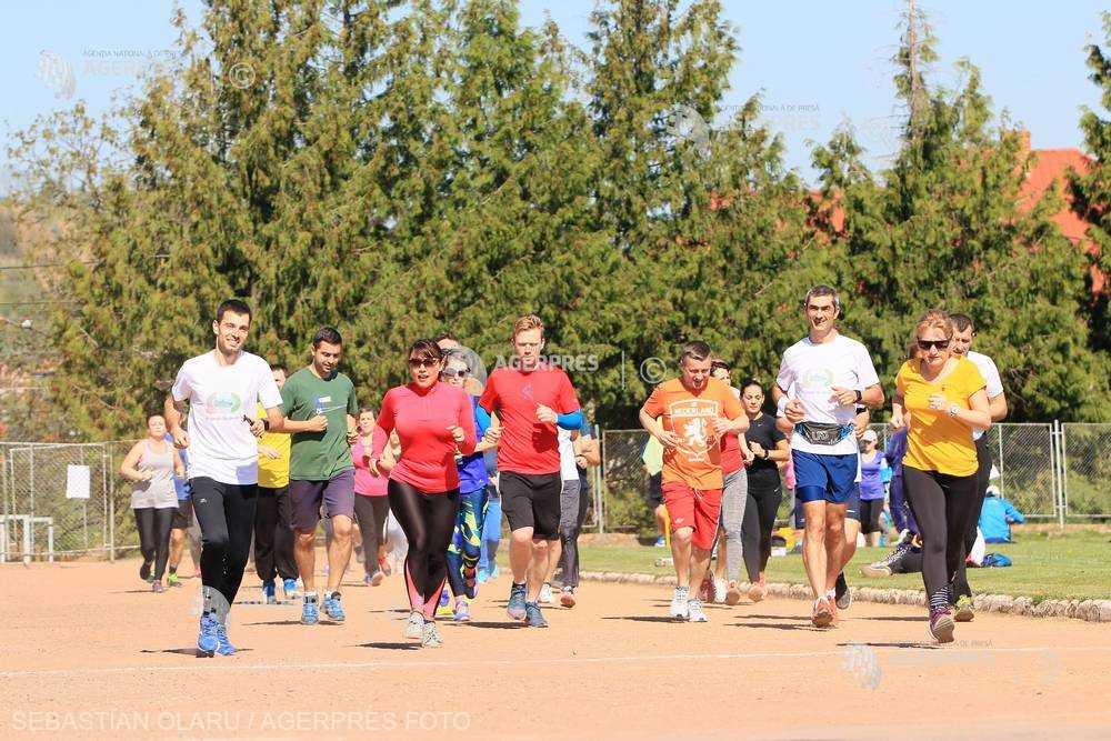 Exerciţiile fizice regulate ''pot menţine tinereţea inimii şi arterelor'' (studiu)