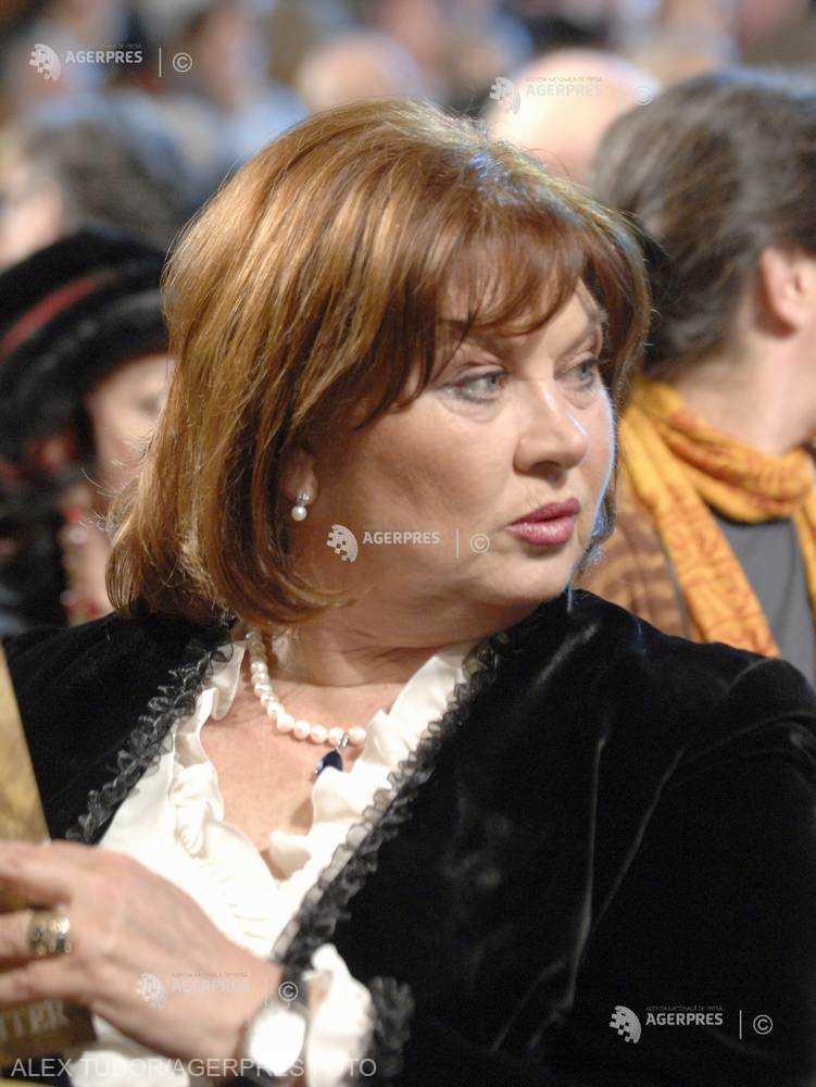 DOCUMENTAR: Actriţa Florina Cercel împlineşte 75 de ani