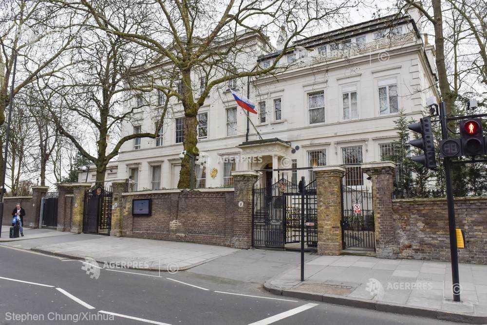 Ambasada Rusiei la Londra reproşează britanicilor lipsa de informaţii
