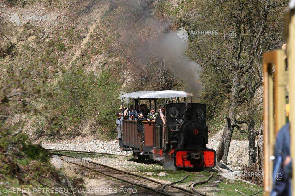 Maramureş: Mocăniţa - principala atracţie pentru turişti în minivacanţa de Paşte