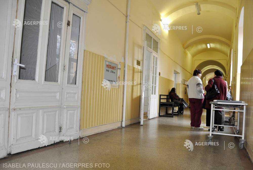 Sibiu: Program redus pentru vizite în unele secţii ale Spitalului Judeţean, de teama gripei