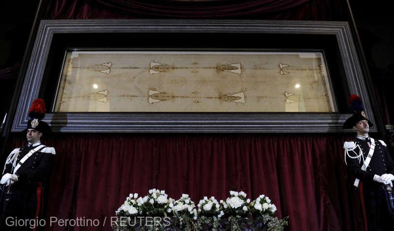 Celebrul Giulgiu din Torino ar fi un fals, conform unei noi analize criminalistice