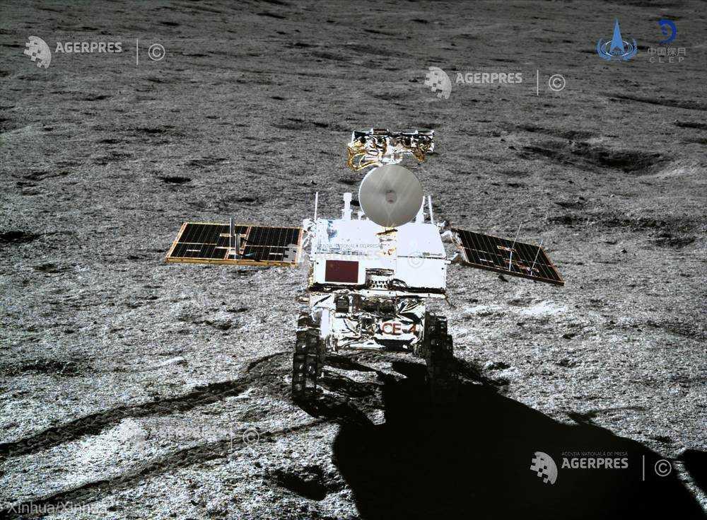 Robotul chinez Yutu-2 a parcurs peste 190 de metri pe faţa nevăzută a Lunii