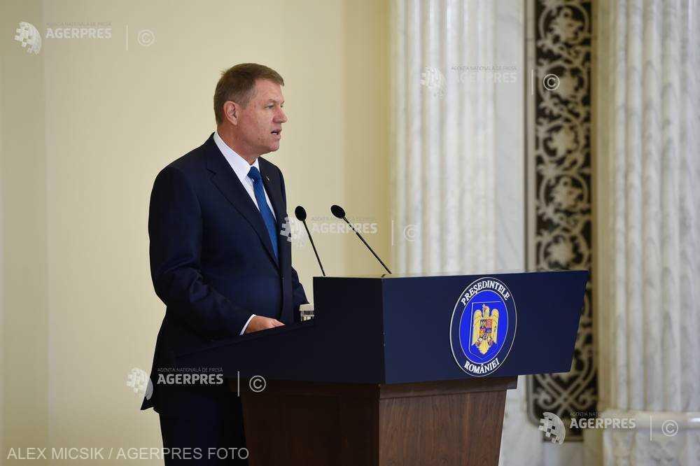 Iohannis - apel la Opoziţie: Alternativa nu vine de la sine; e nevoie de dialog susţinut între forţele de Opoziţie