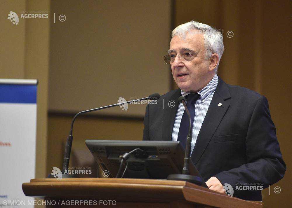 Isărescu: După toate probabilităţile indicele preţurilor de consum va intra în marja de fluctuaţie de 2,5% plus/minus un procent